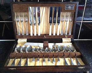 Beautiful Vintage VINERS LTD Boxed Cutlery Set
