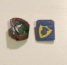 More details for 2 x vintage butlins enamel pin badges lot
