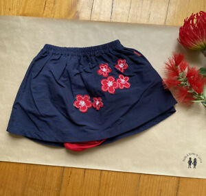 Guess Jeans baby girl size 12-18 months bodysuit skirt navy red flowers, EUC