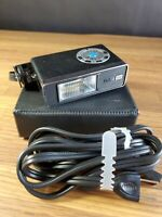 Vivitar 151 Electronic Flash Unit With Case & Power Cord untested