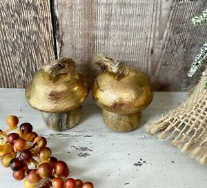 Set Of 2 Copper Mango Wood Copper Toadstool Christmas Tree Bauble Decorations