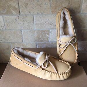 UGG Dakota Sunflower Suede Sheepskin Slippers Moccasins Shoes Size 11 Womens