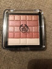 The Body Shop Shimmer Waves - 02 Blush 8.2g RRP £16