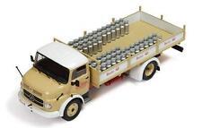 IXO MERCEDES BENZ 1113 camion lacsoons stassano lait année 1967, 1:43