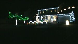 "96 CHANNEL LIGHTORAMA CHRISTMAS SEQUENCE "" LITTLE SAINT NICK"""