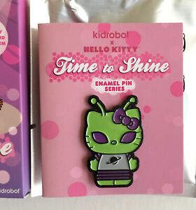 kidrobot x Hello Kitty Time to Shine Series Pin Green Alien New with Box