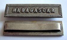 FRANCE: Agrafe barrette MADAGASCAR.