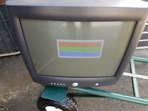 "Vintage Dell M991 19"" Vintage Gaming CRT Monitor ."