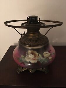 ANTIQUE ROYAL Gone With The Wind Victorian OIL Kerosene Lamp NOT ELECTRIFIED