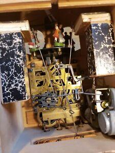 VINTAGE BLACK FOREST CUCKOO CLOCK ESTATE SALE FIND SELLING FOR PARTS OR REPAIR