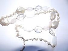 SHADES OF WHITE, CLEAR & CREAM IMITATION PEARLS & CRYSTAL SLAB NECKLACE 391-55