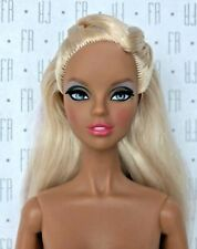 Integrity Toys Dynamite Girls 2013 London Calling Dayle nude in EU