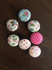 Schnäppchen 6 Stück  Tilda Knöpfe Buttons SpringDiaries 20mm 6er Stoff 481078