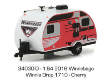 Greenlight 1/64 Hitched Homes Series 3 2016 Winnebago Winnie Drop 1710 34030 D