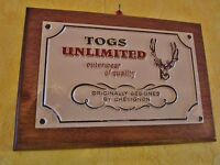 plaque de magasin-support publicitaire chevignon-togs unlimited-cerf-stag