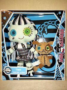 Monster High Frankie Stein & Watzit - Plush Dolls 2009 BNIB. EXCELLENT DISPLAY!
