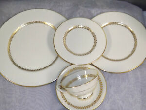Lenox IMPERIAL Gold Laurel Dinnerware 5 pc Place Setting multiples available