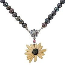 Mother of Pearl Sunflower Natural Saltwater Black Pearl Chain Pendant Necklace