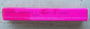 Mary Kay Signature Berry Smoothie Lip Gloss  .28 Oz. #3120 NEW NIB Free shipping