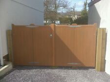 wooden driveway entrance gates bi-fold  4'x10' any size