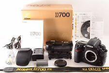 "Nikon D700 12.1MP DSLR,Battery Grip MB-D10,ShutterCount""60554"" (3950)"