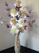 Artificial Silk Flowers In Cream/mink Beads Butterfly Gold Glitter Vase & Lights