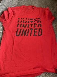 Manchester United T Shirt L