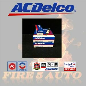 SET OF 8 GENUINE ACDELCO CR43TS SPARK PLUGS 19157996