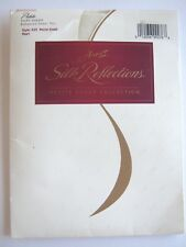 Hanes Silk Reflections Pantyhose Pearl Size Petite Small Silky Sheer Toe A35
