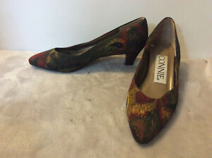 Connie Womens Pumps Size 7AA Green Rust Gold Paisley fabric VGC
