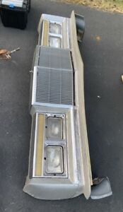 1986 Chrysler Fifth Avenue Front End