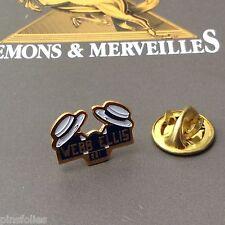 Pin's Folies *** Demons & Merveilles  Webb Ellis Club inventeur Rugby Moderne
