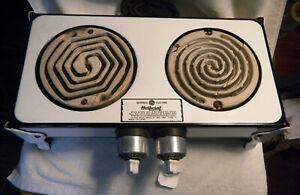 HOT POINT GENERAL ELECTRIC GE ART DECO ENAMEL TWO BURNER ELECTRIC STOVE