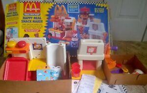 McDonald's Happy Meal Magic Snack Food Maker Hamburger French Fry Drinks 1993