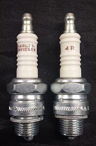 2 New OEM Harley Davidson 4R Spark Plugs 31629-78
