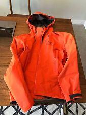 Arc'teryx Men's Beta AR Jacket in Cardinal Sz S New w/out Tags