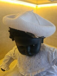 JANIE & JACK Babys BERET HAT, with buckle, Cream, New.