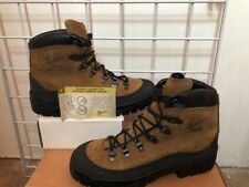 Danner  Size 10.5 Regular Men Military Boots Combat Hiker new without box