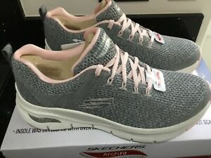 Women's SKECHERS Arch Fit Trainers  -  Grey And Pink - Size UK 5 -   BRAND NEW