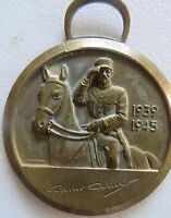 Vintage huguenin le locle Medal Soldier depicting Flag Weapons Signed 1939-45
