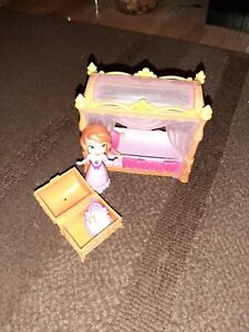 Sofia the first figure and bed Good Condition