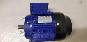 Norm Drehstrommotor 1,5 kW 2900 U/min D230v/Y400v V18 Flanschmotor IE2