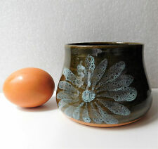 Devon daisy pot bowl Lotus Pottery Stoke Gabriel 1960s 1970s petal on sage green