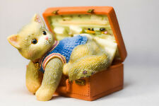 Calico Kittens: A Hug-A-Day Packs Your Troubles Away - 488658 - In Brief Case