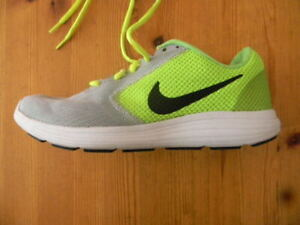 NIKE REVOLUTION 3 RUNNING SHOES MEN SIZE US 7 EXCELLENT CONDITION