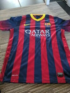 Mens Nike Barcelona NEYMAR JR Home football shirt 2015 - 2016 Size M