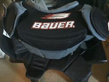BAUER SP 3000 HOCKEY SHOULDER PADS size M/M