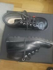 Kickers Size 2
