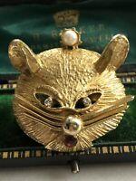 Vintage Gold Tone Diamanté Faux Pearl Cat Brooch