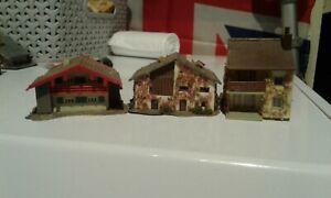Z GAUGE MODEL SET OF 3 BUILDINGS. GREAT FOR 1/200 SCALE WARGAMES.BY FALLER